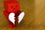 Δεν «ραγίζουν» μόνο οι λύπες την καρδιά
