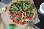 Είναι η πίτσα πιο υγιεινό πρωινό από τα δημητριακά;