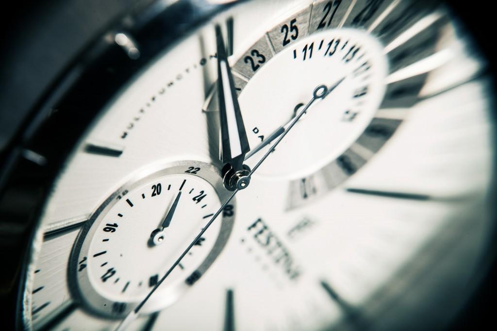 clock 407101 1920