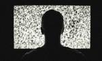 Η τηλεόραση ίσως μας χαζεύει