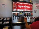 Τέλος στο δωρεάν refill αναψυκτικών στη Γαλλία