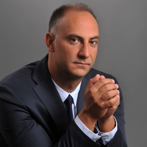 Λάζαρος Παπαδόπουλος;