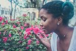 Πώς η όσφρηση συνδέεται με την άνοια