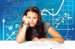 Social media και εξετάσεις κάνουν τα κορίτσια δυστυχισμένα
