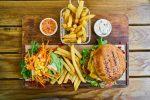 Τρώμε λιγότερο όταν γνωρίζουμε τις θερμίδες