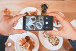 Πώς τα social media επηρεάζουν τη διατροφή μας