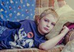Έφηβοι, παιδιά και βρέφη με κορωνοϊό: πώς αντιμετωπίζονται