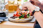 Το να τρώμε νωρίτερα δεν μας κάνει να χάσουμε περισσότερο βάρος