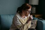 Όσοι έχουν περάσει κρυολόγημα, δεν κινδυνεύουν λιγότερο από τον κορωνοϊό
