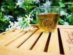 Σε ποιους χαρίζουν χρόνια ζωής το πράσινο τσάι και ο καφές
