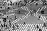 Όσοι περπατούν αργά κινδυνεύουν περισσότερο από την Covid-19