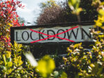 Τέλος στο lockdown – ανοίγουν διαπεριφερειακές μετακινήσεις και τουρισμός